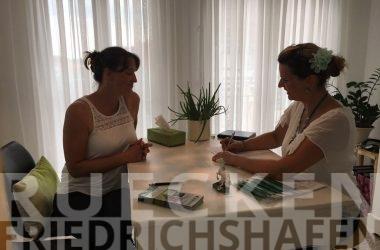 Nackenschmerzen in der Nähe von Friedrichshafen behandeln