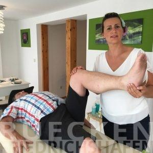 Bei Hüftschmerzen zur Heilpraktikerin in der Nähe von Friedrichshafen